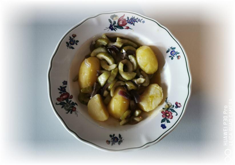 KartoffelmitGurkenundZwiebel.jpg